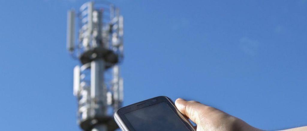 Как выбрать оборудование для усиления сотовой связи на даче?