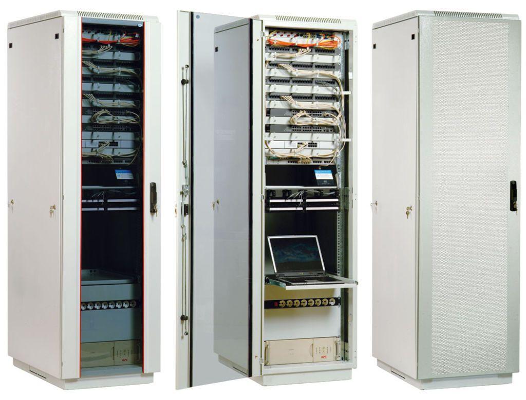 Телекоммуникационные шкафы: виды и особенности
