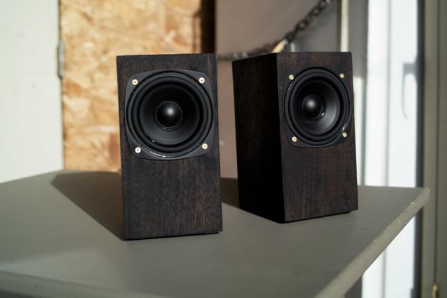 Стереопара или акустика формата 2.0