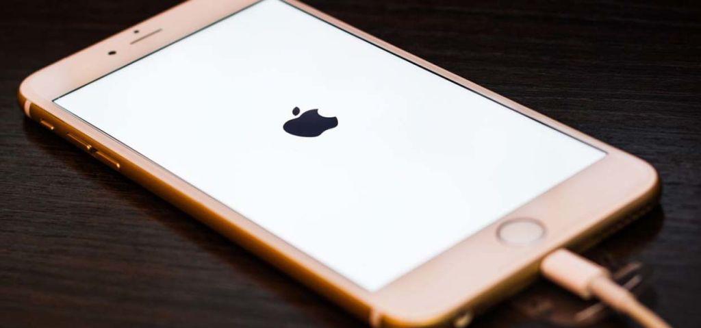5 самых распространенных поломок iPhone и их причины