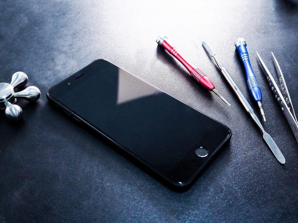 Особенности ремонта iPhone 8